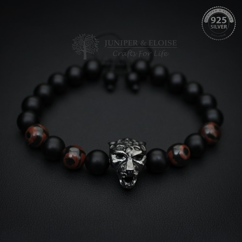 BLACK PANTHER BRACELET WITH MATTE BEADS